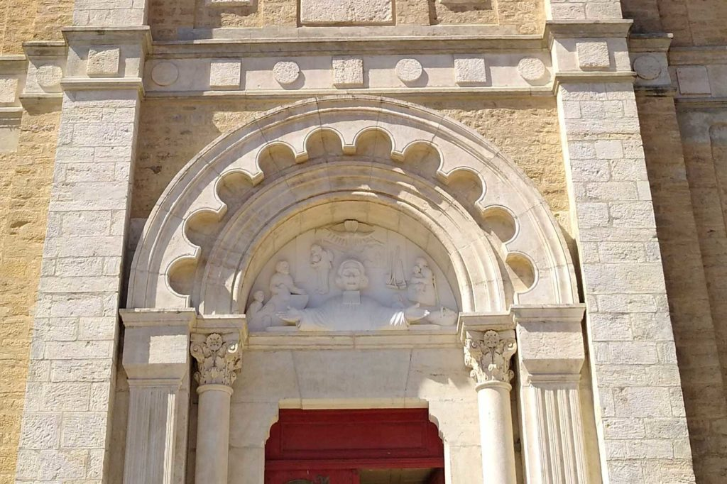 Eglise Saint Jean MArie Vianney